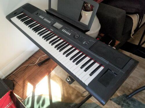 Yamaha Piaggero NP-V80 Electronic Keyboard