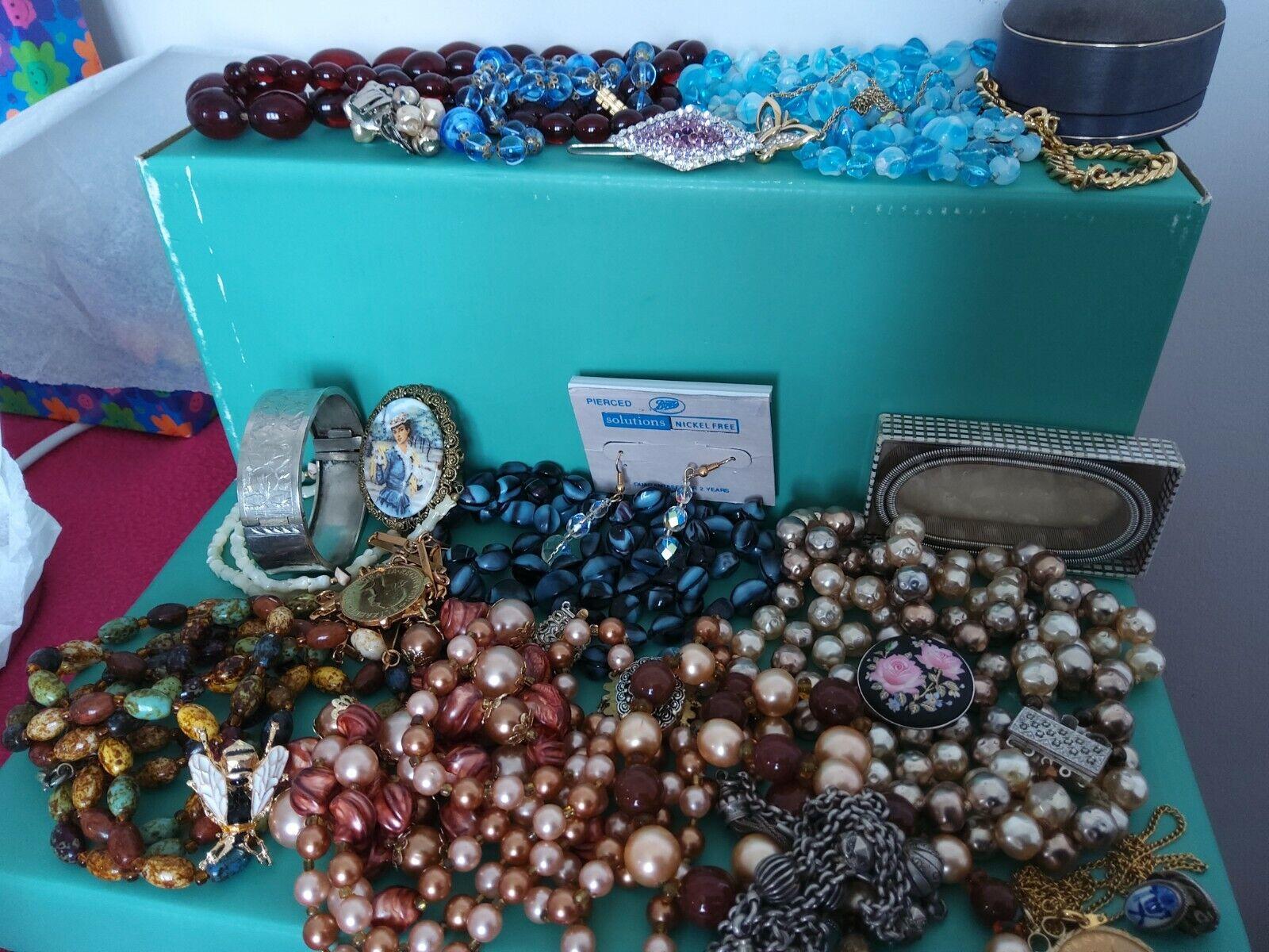 jewellery vintage - Job Lot of Mixed Vintage Jewellery
