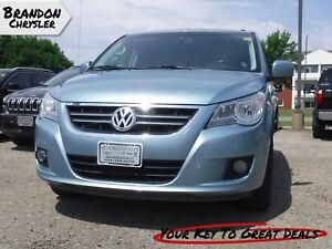 2009 Volkswagen Routan Highline ~ Sunroof, Leather Seats!