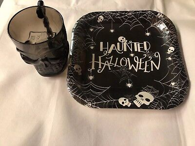 8x Tesco Party Plates Haunted Halloween Black 25.5cm & Large Skull Tankard