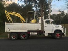 Excavator digger hire Coomera Gold Coast North Preview