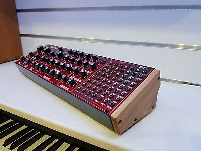 BEHRINGER NEUTRON SOLID OAK REPLACEMENT END CHEEKS SEMI MODULAR SYNTH