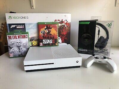 Xbox One S 1TB White Console with Razer Kraken Headset + RD2