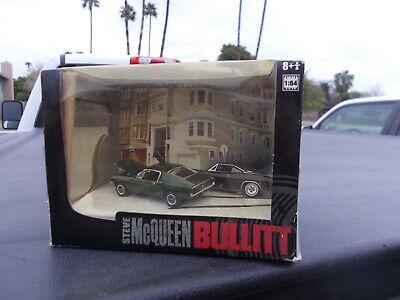STEVE MCQUEEN Mustang Dodge Charger BULLITT DIORAMA  Greenlight 1/64th