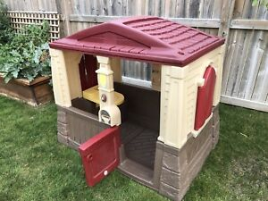 Step 2 neat and tidy playhouse