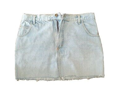 Jaggar Vintage Denim Mini Skirt With Distressed Hem And Flower Patch Size 16