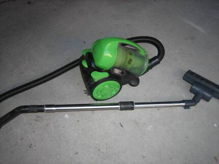 """Vacuum cleaner ,, SIEGER"""""""