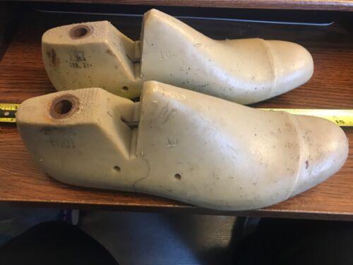 Vintage Pair Vulcan Cobblers Adult Shoe Molds Lasts sz 10