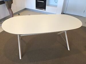 Table and 4 chair set Swanbourne Nedlands Area Preview