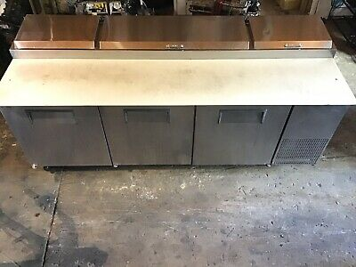 True Tpp-93 Pizza Prep Table For 12 Pans - Three Door 93w Great Condition