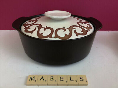 J & G MEAKIN ~STUDIO BIANCA~ covered vegetable dish for sale  Shipping to Ireland