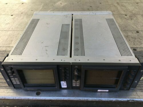 Videotek VSM-61 and TSM-51 Vectorscope Waveform Monitor in Rack Ъ.