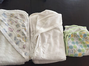 3 hooded baby towels
