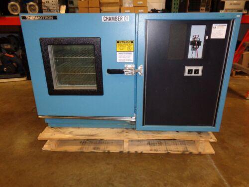 Thermotron Environmental Humidity Chamber Mini-max Sm-5.5s No Controller