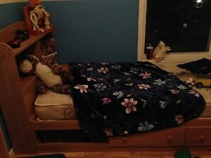 Kids Single Bed For Sell