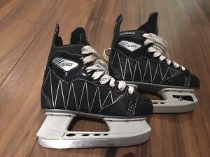 Patins pour enfants / skates for kids size 12