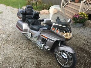 1998 Honda Goldwing GL1500 Low Mileage + Extras