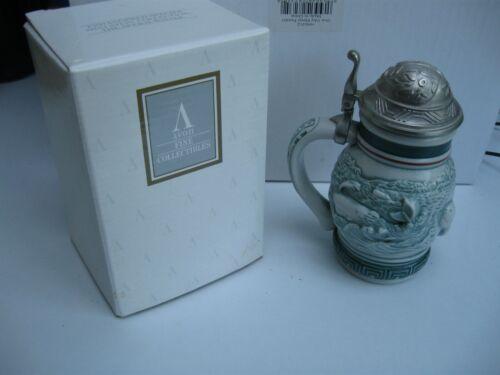 """1992 Avon SPERM WHALE Endangered Species ~ 5.5"""" Mini Stein"""