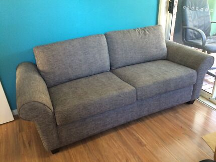 Good Quality Sofa Bed Phillip Bay Eastern Suburbs Preview