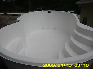 INGROUND FIBERGLASS SWIMMING POOL ...