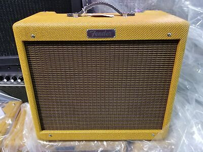 "FENDER Blues Junior Lacquered Tweed 15-watt 1x12"" Tube Guitar Combo Amp"
