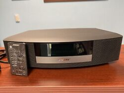 BOSE WAVE RADIO III TOUCH TOP AM/FM ALARM CLOCK W/ REMOTE  GREAT CONDITION