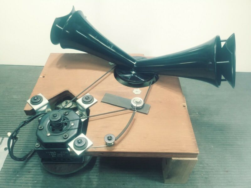 Leslie Top Horn Assembly - Good Working Condition - 122,145,147