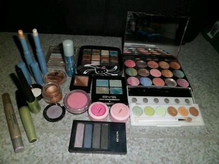 Big makeup bundles (100+ items) Hilton West Torrens Area Preview