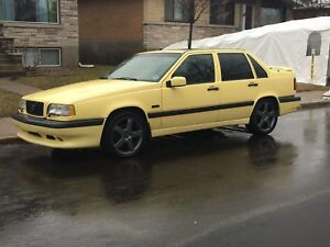 Volvo 850 T5-R yellow