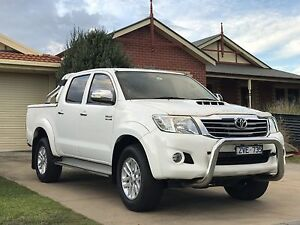 Toyota Hilux SR5 Mornington Mornington Peninsula Preview