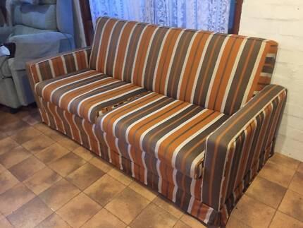 FAB RETRO 2.5 SEAT SOFA BED