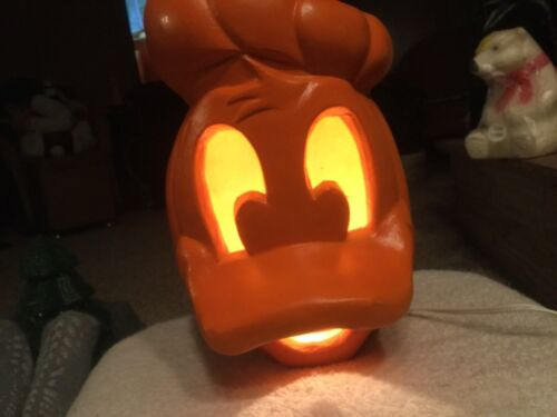 Disney Donald Duck Lighted Pumpkin Head 1999 Halloween Blow Mold Foam