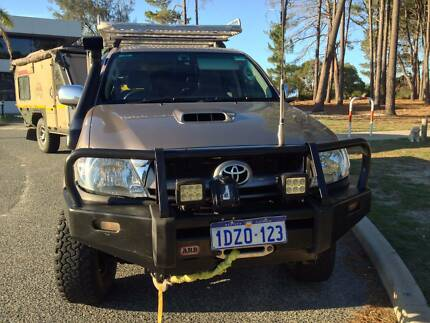 Toyota HILUX SR5 3.0 D-4D - with Extras West Perth Perth City Preview