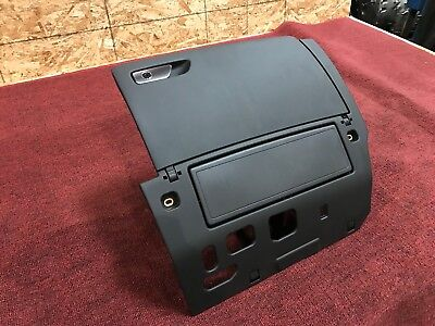 15 18 AUDI A3 S3 8V GLOVE COMPARTMENT BOX WITH PASSENGER KNEE AIRBAG ASSEMBLY