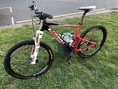 Giant Anthem MTB full suspension lovely condition - 26in wheels, Medium frame