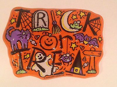Bakery Crafts Halloween Trick or Treat Plastic Cake Topper/Layon/Pop Top New
