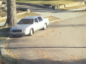Cadillac Denville 1999 $1000 obo or trade for a smaller vehicle