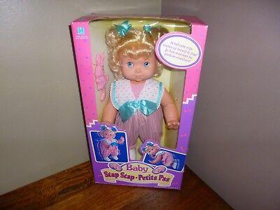 Vintage Doll Baby Wanna Walk / Stap Stap Petit Pas Sealed Hasbro 1991 french