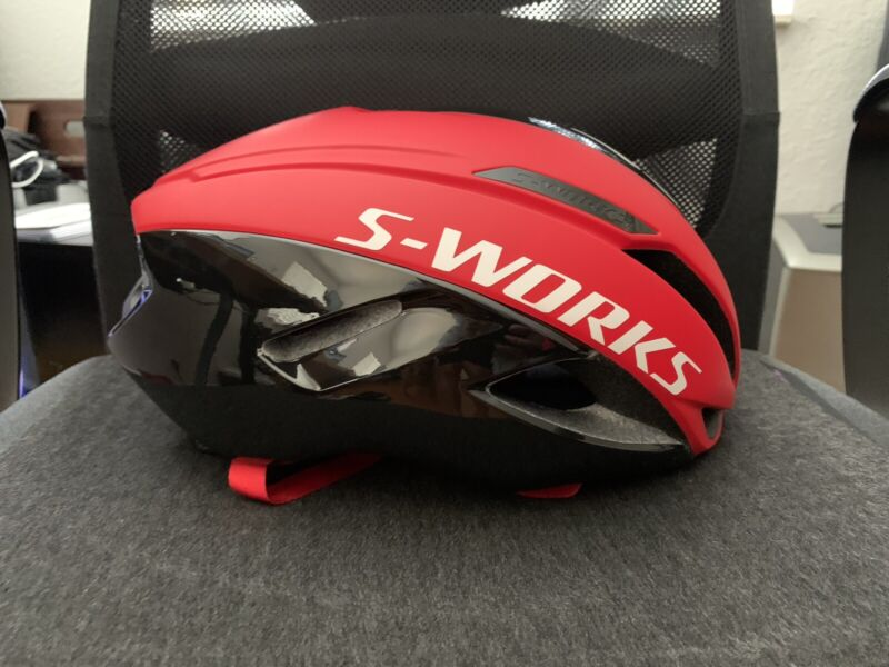 S-Works Evade With ANGi (Size: M)