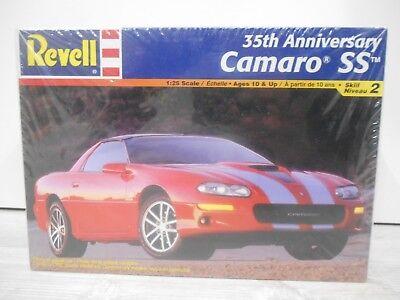 Revell 85-2380 35th Anniversary Camaro SS  1/25 (Neu & OVP)
