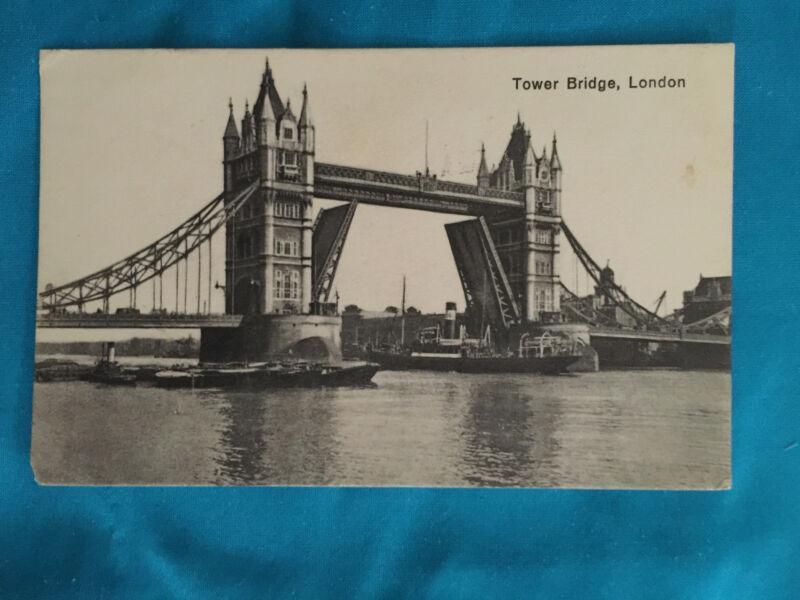 TOWER BRIDGE LONDON VINTAGE POSTCARD  STEAMBOAT ANTIQUE  1932