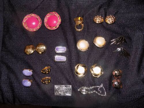 Vintage Lot of 11 Used Clip On Earrings Assorted