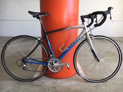 GIANT CARBON COMPOSITE IN EXCELLENT CONDITION