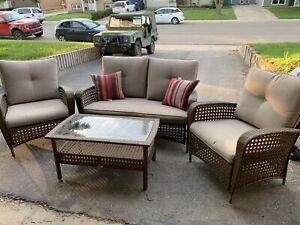 Wicker Patio lounge set