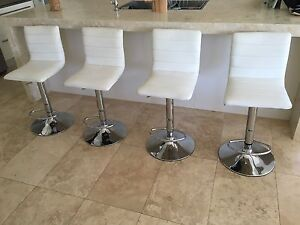 4 white bar stools Sans Souci Rockdale Area Preview