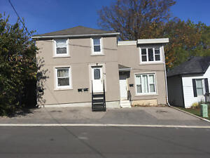 ONLY $840 1 Bed, 1 Bath Unit for Rent | 1-54 Selkirk St