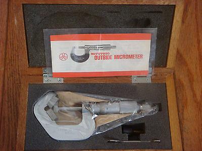 Mitutoyo V-anvil Micrometer 114-137
