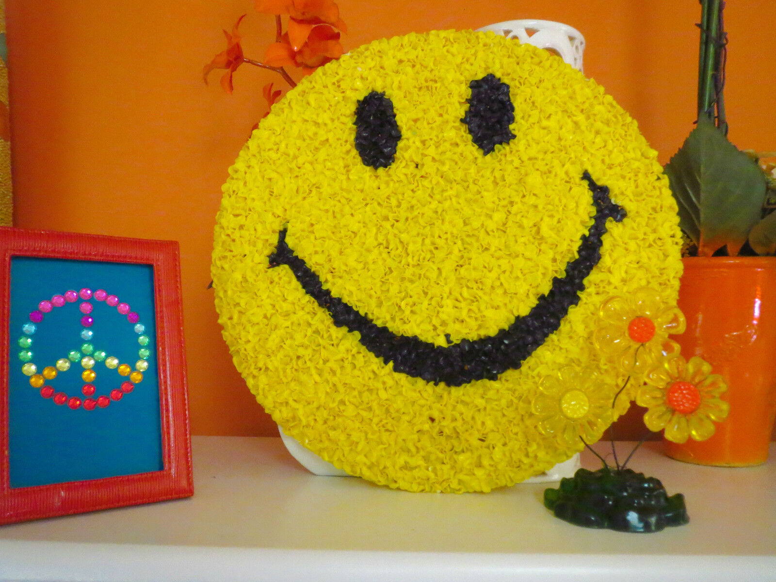 VTG 1970s Retro Groovy MOD Plastic Melted Popcorn Wall Art Smile ...