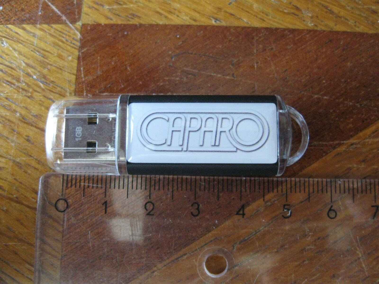 CLE USB 1GB CAPARO avec sa boîte, fonctionne parfaitement.