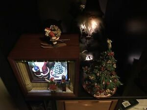 Xmas handmade tree and ,music box wood , with santa Rhodes Canada Bay Area Preview